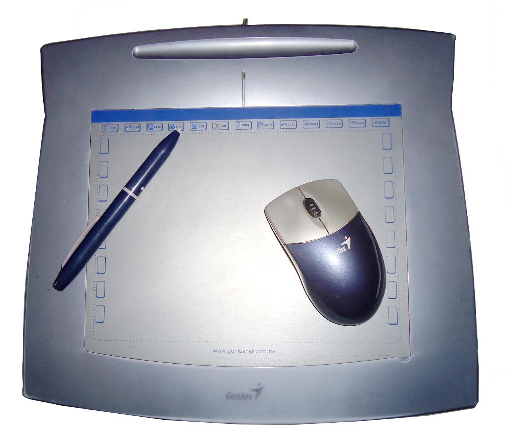 Wacom cte-640 graphire4 usb tablet mouse pen w/holder 6x8 pc/mac.